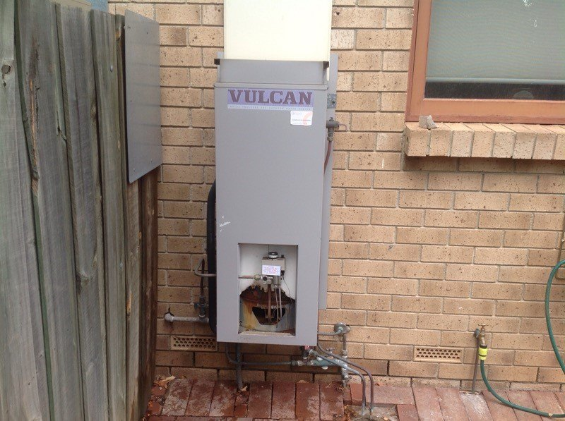 Adelaide house with Vulcan electric hot water tank removed